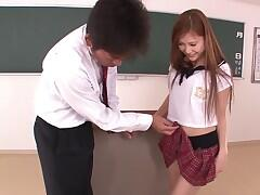 Nozomi Nishiyama spreads her legs for a cunnilingus and deepthroats a chisel